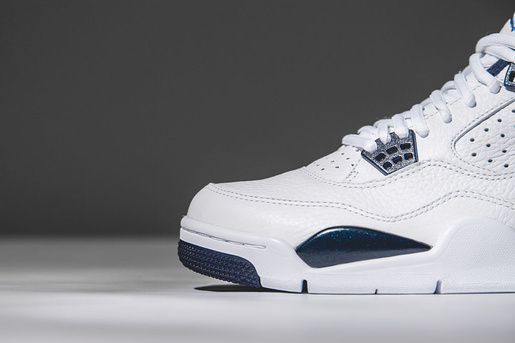 pump de reebok - Air Jordan 4 Retro LS ��Columbia�� | The Sneaker Exit